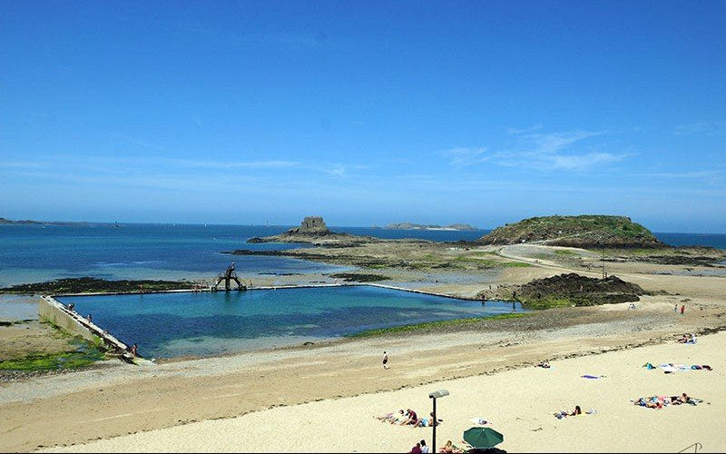 Top 10 najkraj ch pr rodn ch baz nov v eur pe v t chto for Camping saint malo piscine couverte