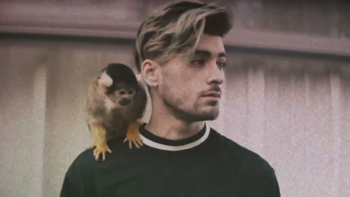 Zayn Malik vo videoklipe Still Got Time