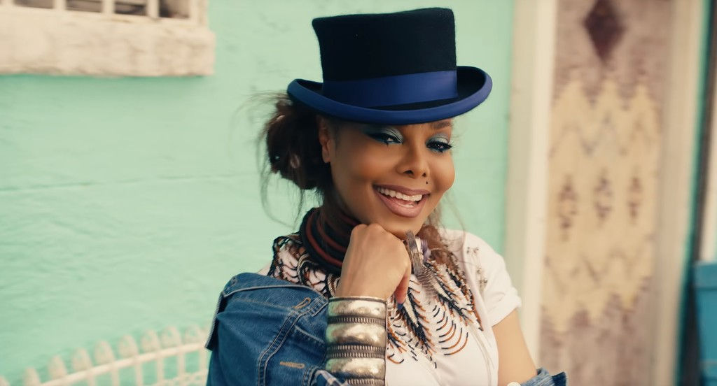 Janet Jackson vo videoklipe Made For Now