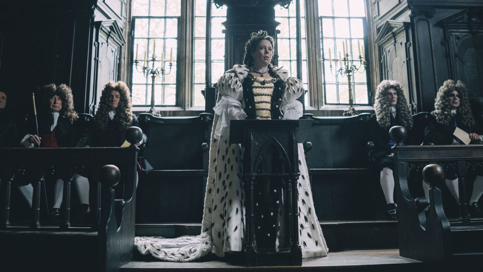 Olivia Colman vo filme The Favourite
