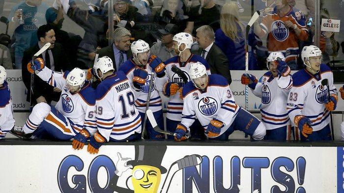 Edmonton Oilers, New York Rangers a St. Louis Blues postúpili do 2. kola play off
